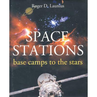 SPACE STATIONS(ISBN=9781588341204) 英文原版