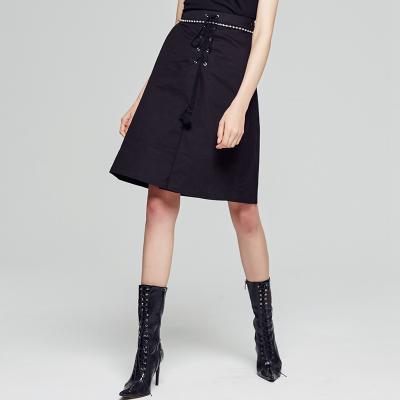 【1件2.7折:36.7】美特斯·邦威半身裙女搖滾綁帶棉半裙