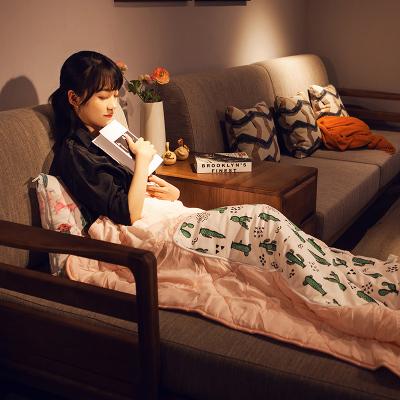 美幫匯小車折疊抱枕被子兩用夏涼被女生辦公室臥室靠枕靠墊午睡