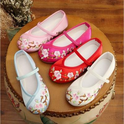 女童繡花鞋中國風漢服寶寶老鞋兒童手工復古公主表演出鞋子