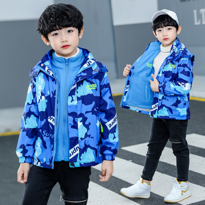 热卖童男童加绒外套秋冬装2019新款儿童洋气迷彩三合一可拆卸冲锋衣潮