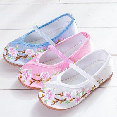 La MaxZa2019新款老北京儿童布鞋女童绣花鞋民族风公主鞋学生古装表演出鞋