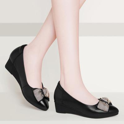 古奇天倫 四季鞋女鞋新款秋季中跟米色百搭坡跟淺口單鞋牛皮小皮鞋瓢鞋9107