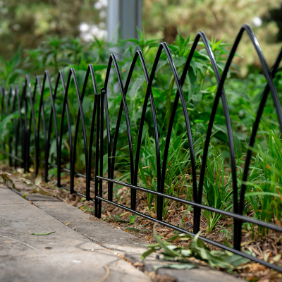 铁丝网加粗锌钢栅栏铁艺草坪护栏防护网隔离围栏别墅花园市政道路栏杆园林郁金香