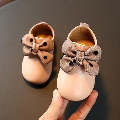 热卖儿童0-1-2-3岁防水皮鞋女童蝴蝶结小公主鞋子 宝宝单鞋软底学步鞋