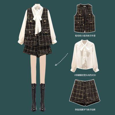 佐歐雅胖妹妹大碼女裝2020秋新款遮肚顯瘦襯衫小香風馬甲短褲三件套裝