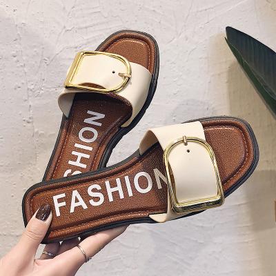 拖鞋女夏時尚外穿2020新品韓版平底露趾一字涼拖沙灘鞋低跟軟底百搭休閑鞋女