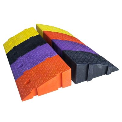 路斜坡塑料臺階墊門檻三角木汽車上下坡馬路牙子爬坡墊便攜式階梯 5CM高度黑色