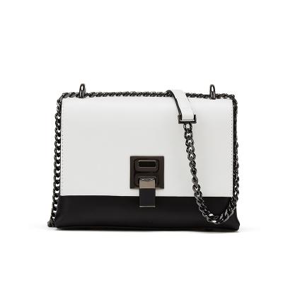 達芙妮2020女包優雅撞色拼接鏈條斜挎鎖扣小方包通勤包