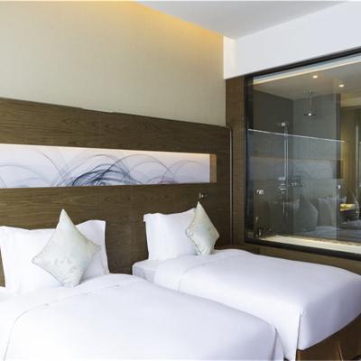 日照蘇寧諾富特酒店高級大床/雙床房一晚送兩瓶無酒精軟飲
