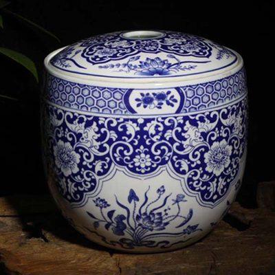 景德镇12斤青花弧形陶瓷瓷器储物罐青花蝴蝶瓷器盖罐时尚米罐摆件